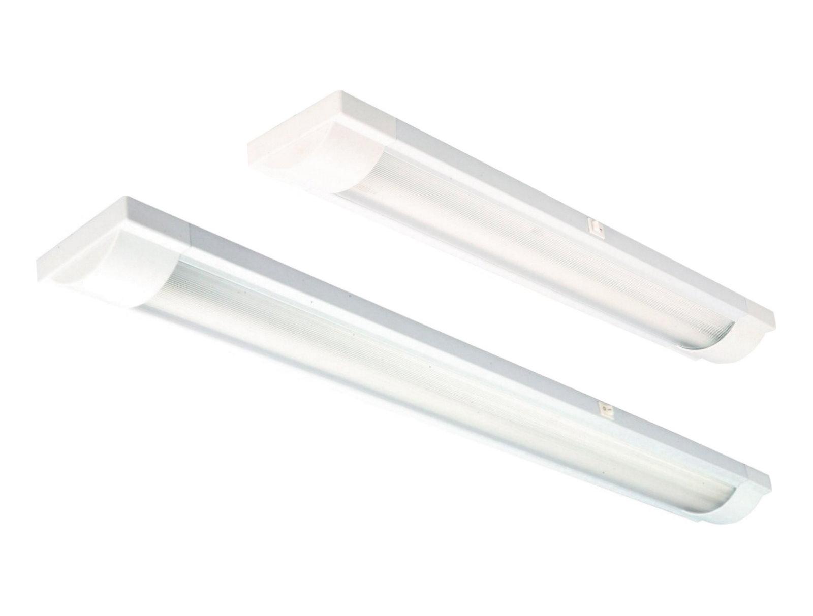 Deckenleuchte mit leuchtstoffröhre